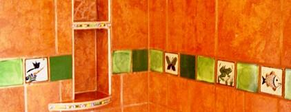 Custom designed shower using porcelin tiles